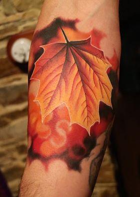 herbst blatt baum color schön tattoo marci tattoo anansi münchen top best bestes