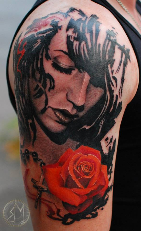 rose woman amazing tattoo realistic realistisch schön mega münchen minga  shop laden store