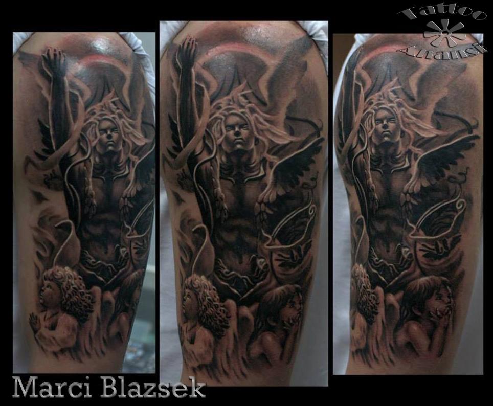 engel angel tattoo black anansi münchen munich top artist tätowierer marci