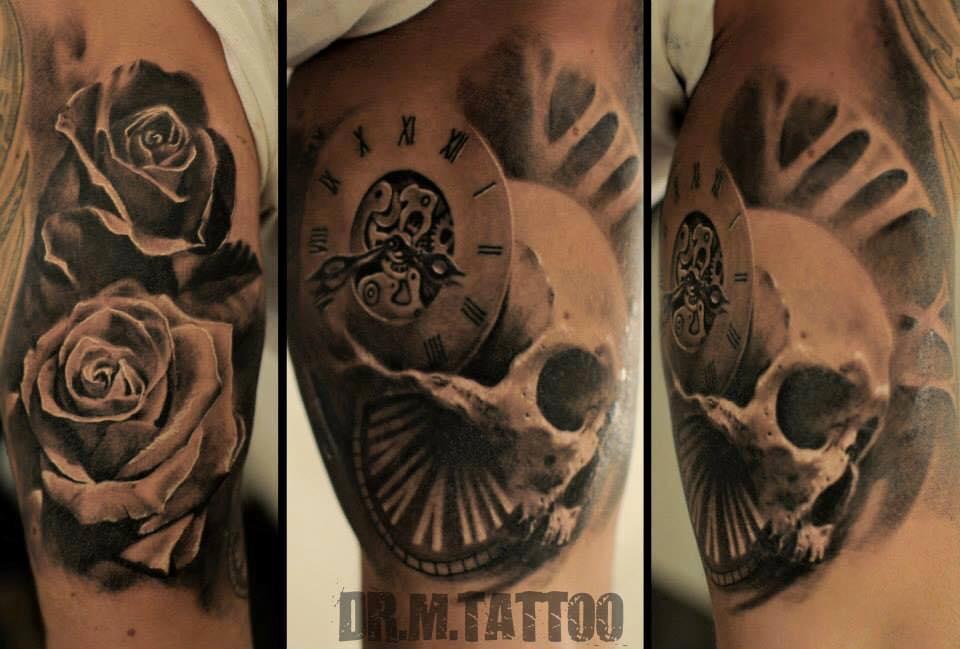 marci black schwarz top skull uhr clock watch portrait tattoo realistic realistisch münchen shop store best