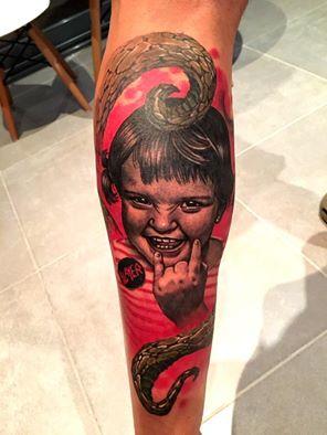 slayer tattoo mädchen girl kid tattoo color farbe münchen minga munich marci künstler artist best beste bestes