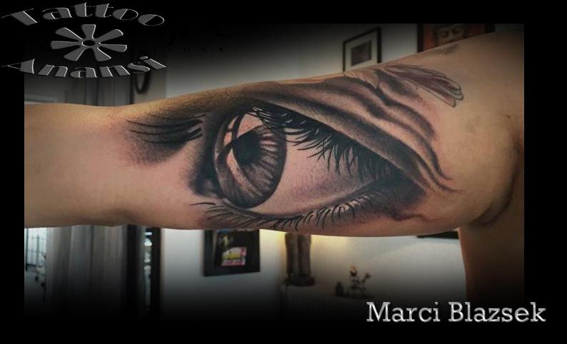 szem eye augen auge tattoo gross schwarz black münchen minga munich best beste bester shop store