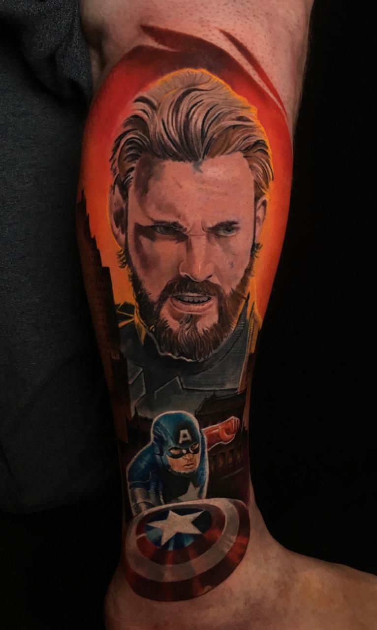 tattoo studio anansi münchen künstler artist tätowierer art kunst maxvorstadt best bester bestes avengers captain america marvin