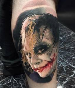 tattoo anansi münchen studio best bestes bester artist tätowierer jokder batman color farb portrait