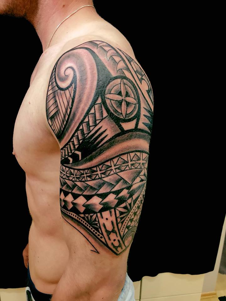 tattoo studio anansi münchen munich minga maori tätowierung spezialist laszlo tribal