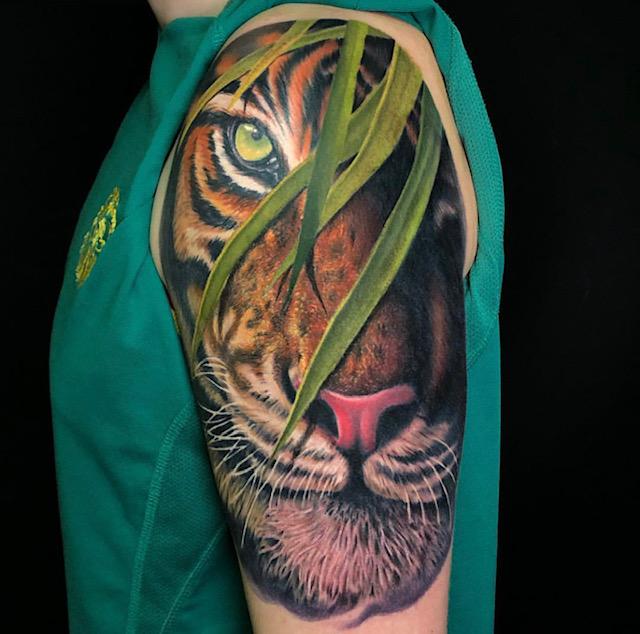 tattoo anansi tiger best bestes realistic realismus tattooo anansi studio