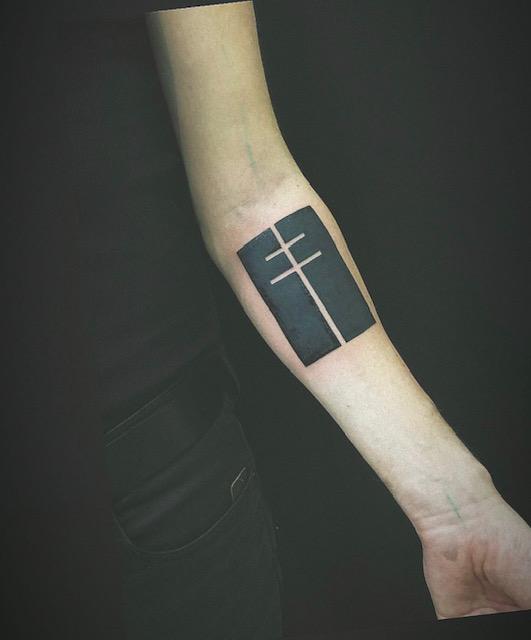 tattoo studio anansi münchen munich minga black work small work artist tätowierer best bester bestes2
