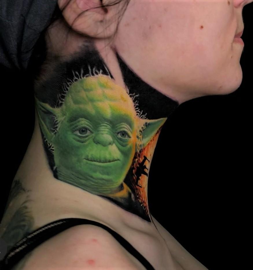 Tattoos am Hals- No-Go oder salonfähig?