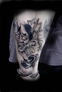 Tattoo Anansi München Artist David neotraditional black and grey japanese mask Samurai portrait