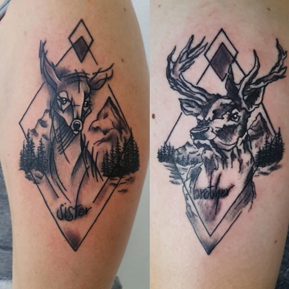 tattoo studio anansi münchen munich maxvorstadt tätowiererin melinda deer hirsch