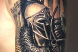 münchen tattoo studio anansi best bester bestes gladiator rome realismus mark